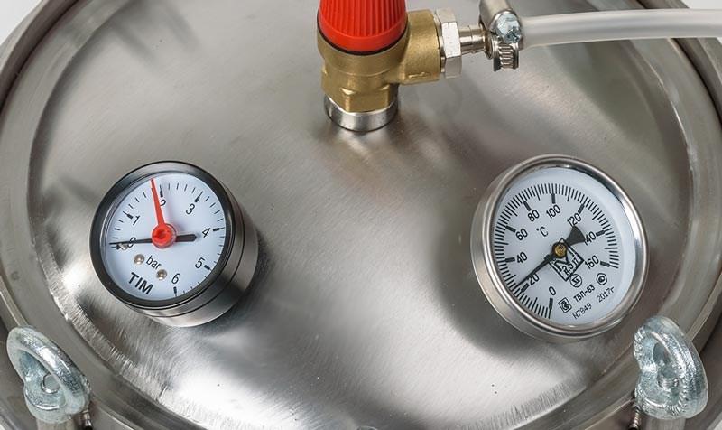 Термометр и манометр в автоклаве Fansel